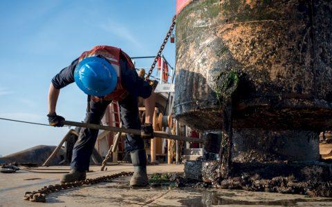 buoy-1338898_1280