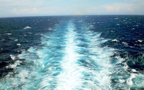 ship-wake-283065_1920-1
